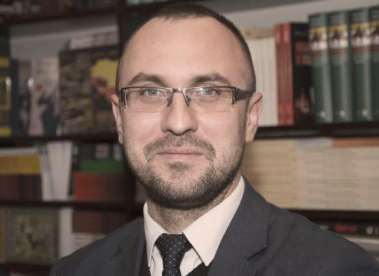 Dr Paweł Olszewski
