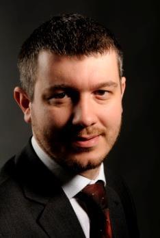 Dr Paweł Ukielski